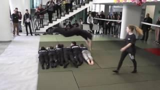 Weiss Manfréd Szakgimnázium, SZKI 10.R Hallgatói közbiztonsági bemutatót tartanak-Szakmák Éjszakája