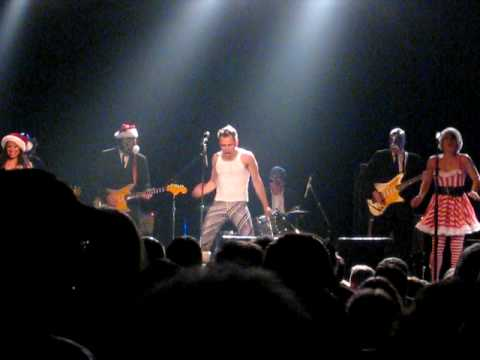 El Vez and Los Straitjackets - Jingle Bell Rock - Live @ First Ave