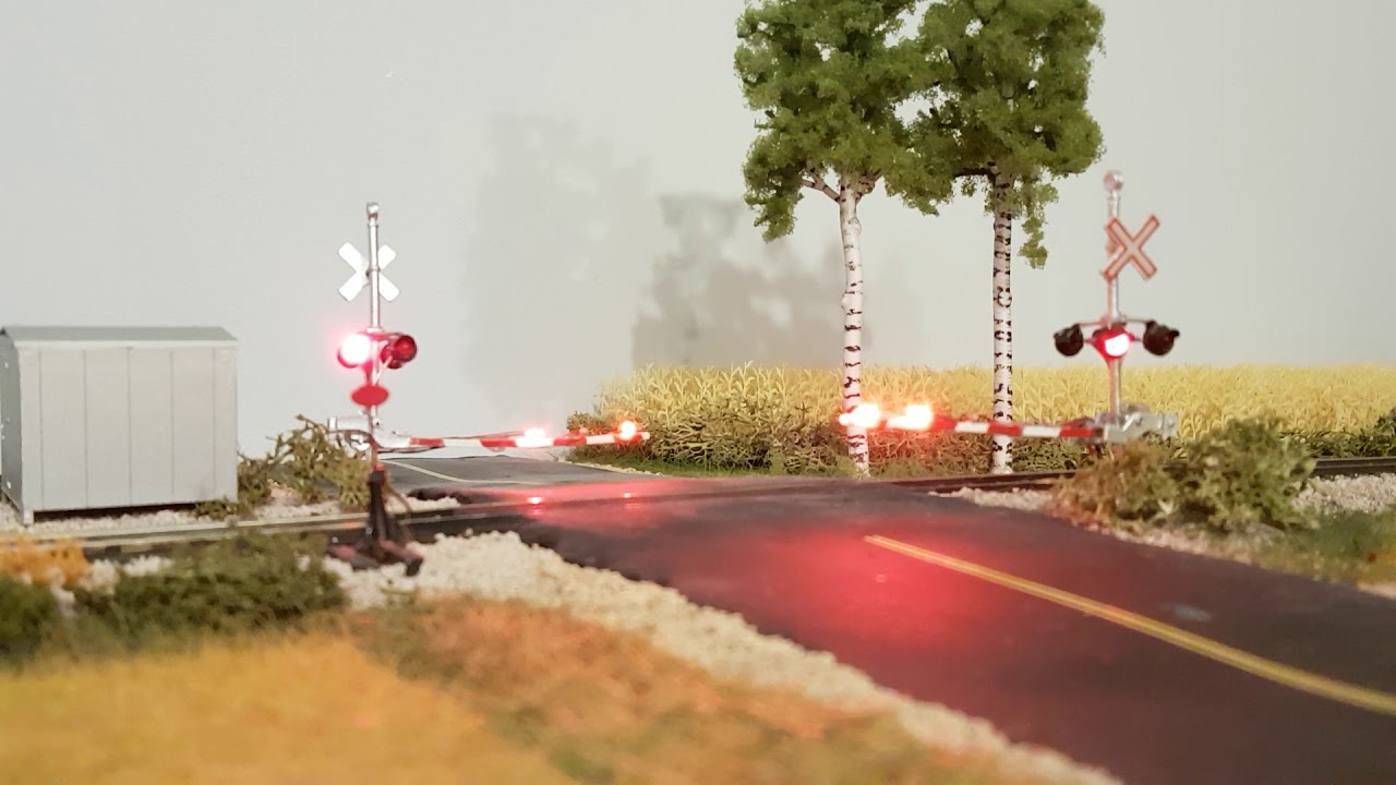 CP layout HO crossing gates