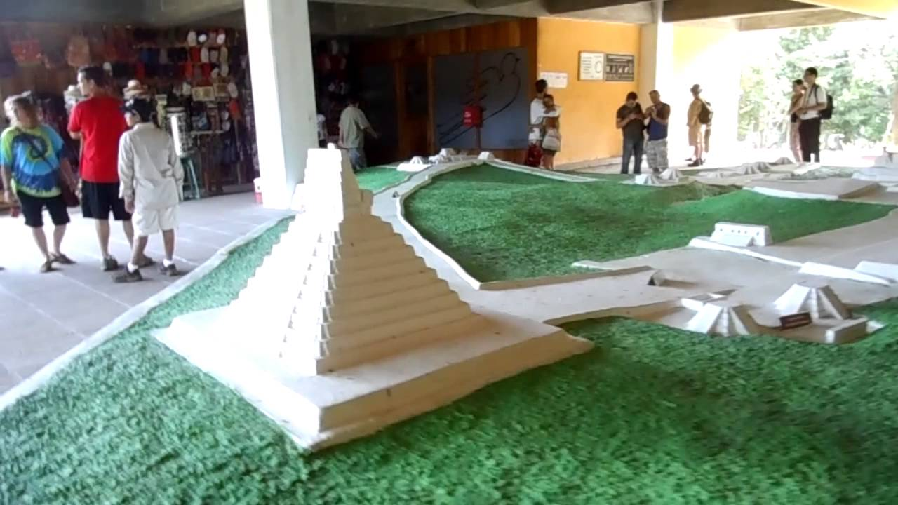 Model of Mayan archaeological pyramid ruins and temples in ...