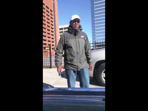 Dallas thief charging drivers at parking lot in downtown