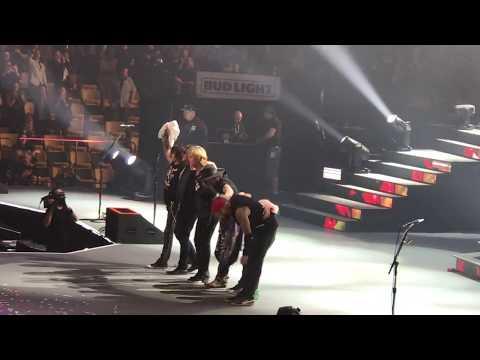 "GUNS-N-ROSES - ""GOODNIGHT BOSTON"" LIVE AT TD GARDEN IN BOSTON - 10/22/17"