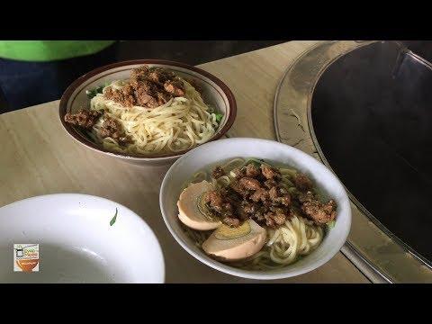 DAHSYAT !!! MIE AYAM PAK DUL PORSINYA JUMBO PAKAI TELUR | YOGYAKARTA STREET FOOD #BikinNgiler