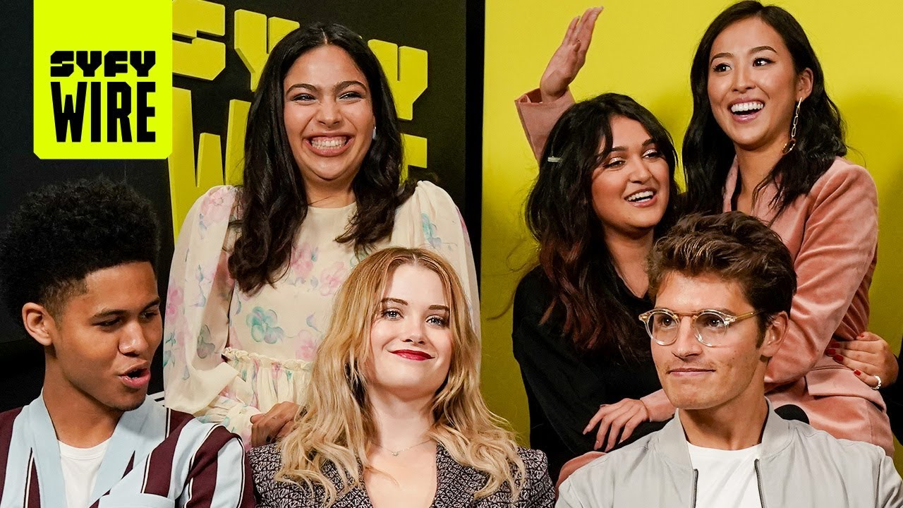 Download The Cast Of Marvel's Runaways Are On The Run | NYCC 2019 | SYFY WIRE