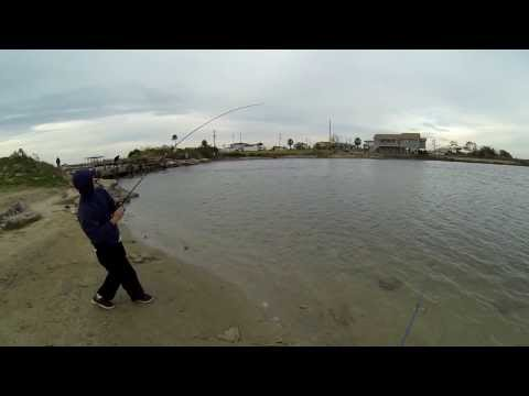 Flounder fishing in Galveston, Tx (Broken Bridge) 720p HD