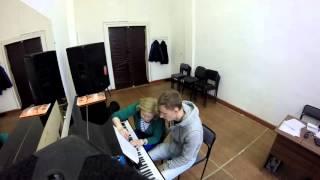 Как проходит урок пианино