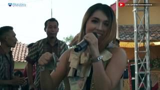 Wong Kuen - Erna Farvisa - Sahara Entertainment Live Pengaradan [25-08-2018]