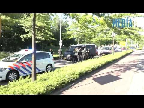 Mannen aangehouden door politie met getrokken wapens Capelle aan den IJssel