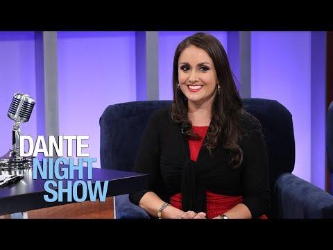 La actriz Leslie Garza.. 'el que es gallo donde quiera canta'– Dante Night