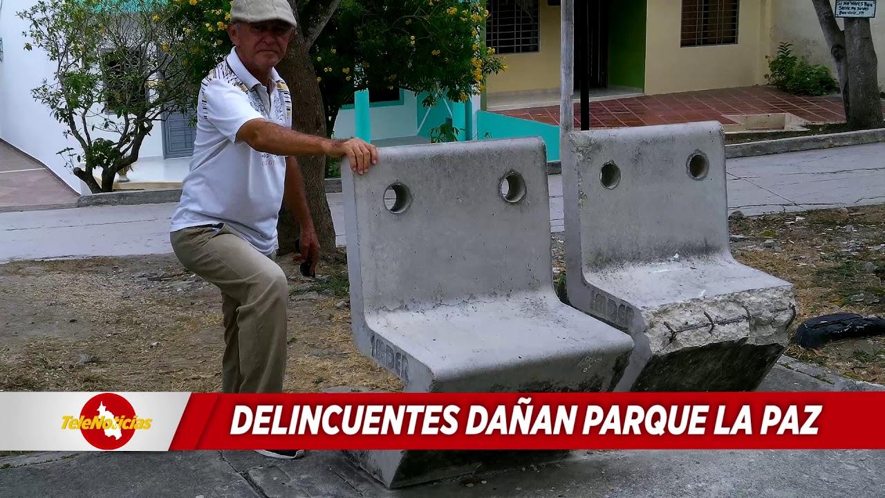 DELINCUENTES DAÑAN PARQUE LA PAZ.