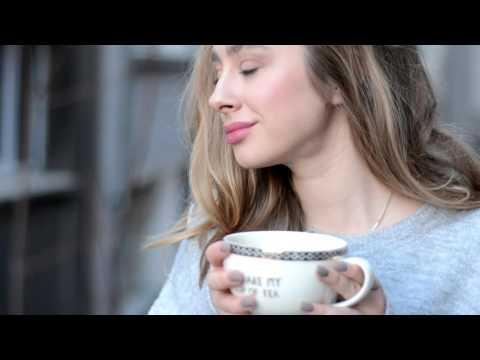 En Güzel Kış İçecekleri + ÇEKİLİŞ: ÇEKİLİŞ DETAYLARI: Kupa , çay ve defter setini kazanmak için bu videoyu beğenip altına en çok hangi videomu , neden beğendiğinizi yazın :) SİZE DAHA RAHAT ULAŞABİLMEM AÇISINDAN YORUMA İNSTAGRAM İSMİNİZİ DE BIRMAKYI UNUTMAYIN LÜTFEN :) Bol şans !  Beni bulabileceğiniz sosyal ağlar : ♡ Rusça youtube kanalım : Lina Chursanova ♡ instagram : https://www.instagram.com/polchursanova/ ♡twitter : https://twitter.com/poulinaaa