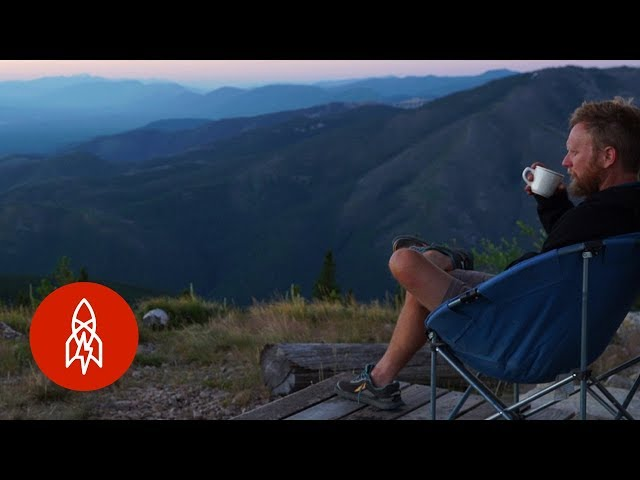 In Montana - A Solitary Life on Lookout Mountain