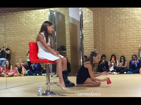 Maddie and Mackenzie Ziegler Do The Cup Song meet and greet august 2015