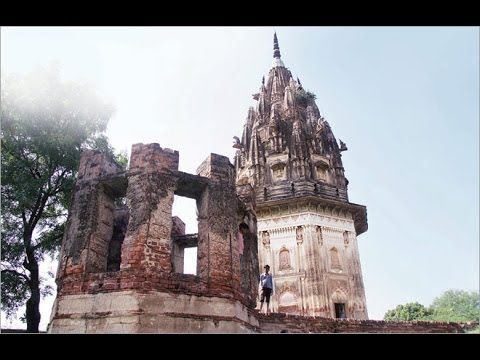 Unnao treasure hunt: dig for gold of dreams and a grave for reason in old UP village in UNNAO.
