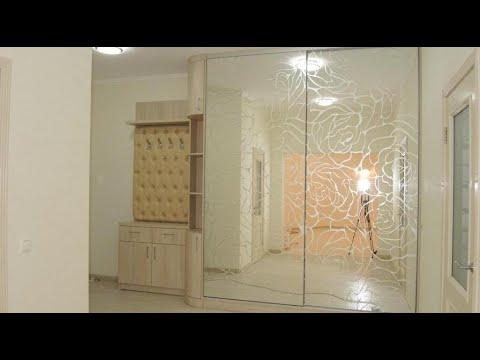 Мебель в прихожую на заказ Киев код: 9007. Прихожая шкаф-купе зеркало с рисунком пескоструй.