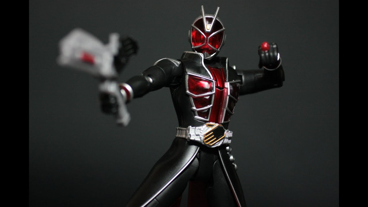 Toy Review: WAP! 01 Kamen Rider Wizard Flame Style