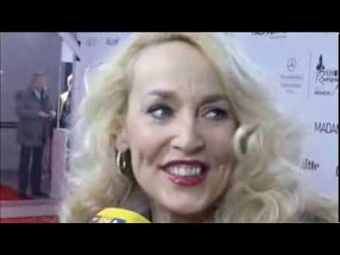 Jerry Hall Gives Fashion Advice for Older Woman