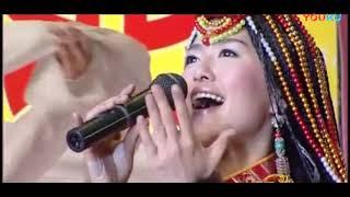 Gambar cover 谭维维 多彩的哈达Tan Weiwei 2005
