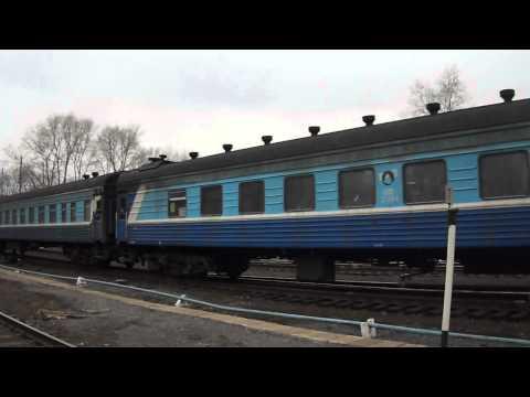 2ТЭ10 с 626Г Киров-Луза прибывает на ст.Киров-котласский.