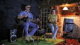 Павел Руденко(гитара) и Александр Подсосонный(труба) в Бар БЖ38