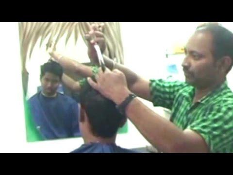 Maharashtra barber offers free haircuts post demonetisation