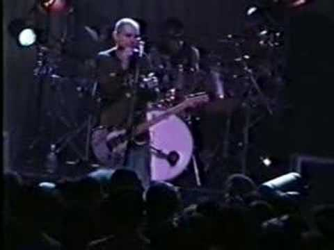 Smashing Pumpkins - Boys Don't Cry (tease) -  By Starlight (1996)