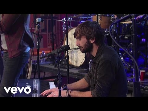 Lady Antebellum - Just A Kiss (Live On Letterman)
