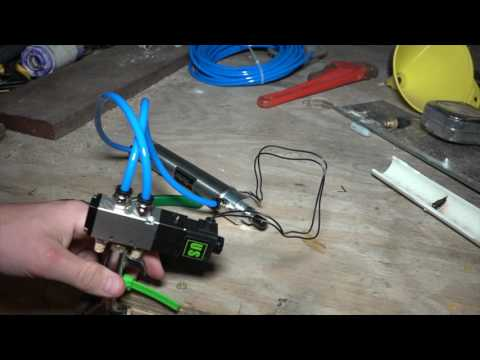 How To Use A Pneumatic Cylinder  | Arduino Tutorial