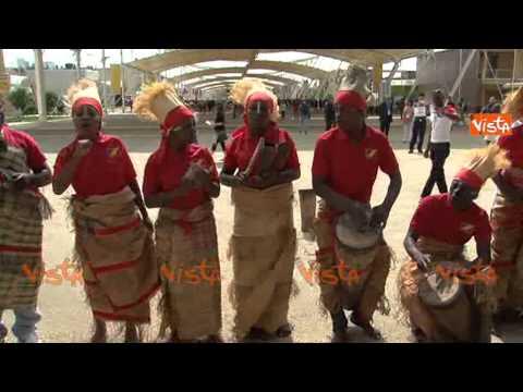 EXPO NATIONAL DAY CONGO BALLI NAZIONALI E INGRESSO DELEGAZIONI MINISTRI  30-05-15