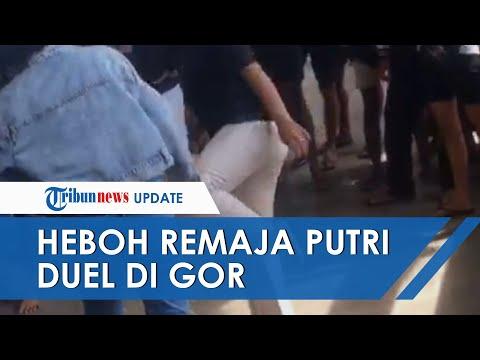 Viral Video Dua Remaja Duel Di Gor Mengwi, Pelaku Tendang Kepala Korban Dan Malah Jadi Tontonan
