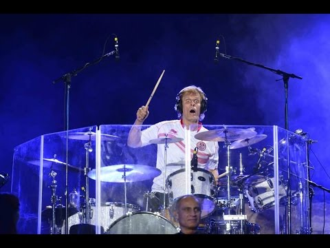 Чарли адамс барабанщик