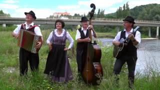 ljudski godci trio vetrnica pesem vasi