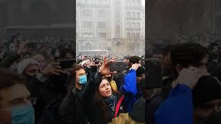 Аваков черт Националисты и радикалы пришли под Конституционный суд Украины в Киеве