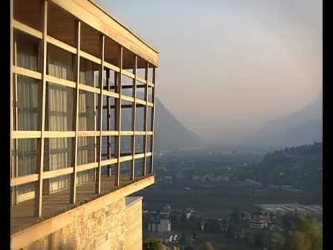 pergola residence in s dtirol bei meran architekt matteo thun youtube. Black Bedroom Furniture Sets. Home Design Ideas