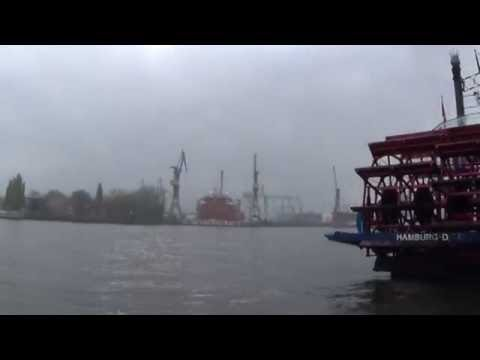 Around the World in Three Minutes: What You'll See in Hamburg (Episode 4, Season 3)