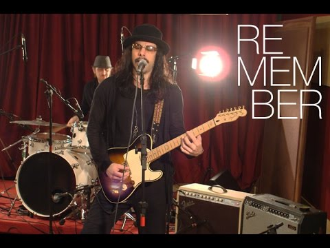 "Two Tone Sessions - Richie Kotzen ""Remember"""