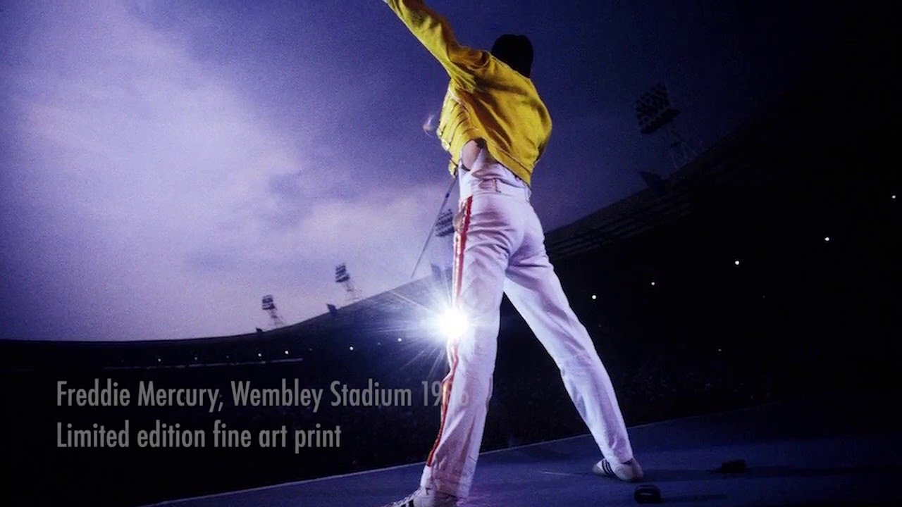freddie mercury at wembley stadium by denis o regan youtube freddie mercury at wembley stadium by denis o regan