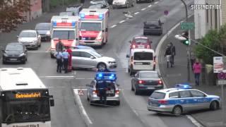 Verkehrsunfall mit Polizei und Rettungsdienst im Einsatz - Siegen - 30.09.2014