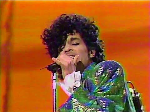Prince - Purple Rain - Live At American Music Awards 1985 (HQ)