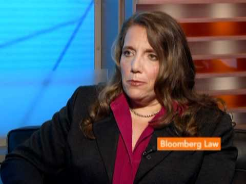 Hoberman Says LinkedIn IPO Could Make Underwriters Less Conservative: BLAW
