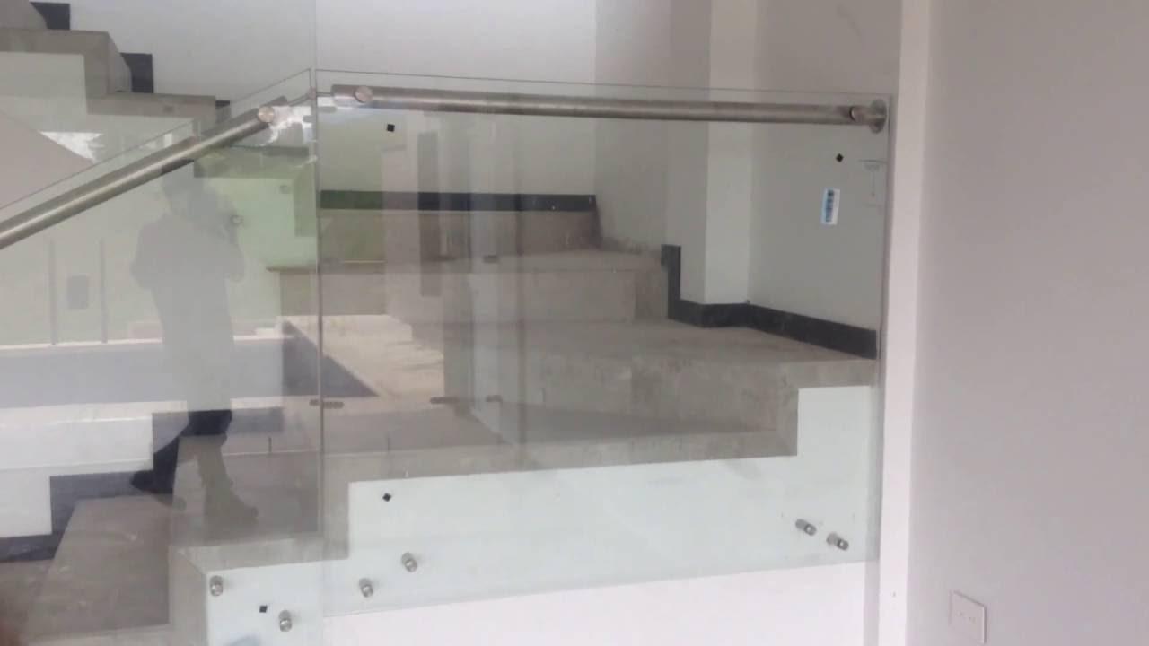 Pasamanos flotante en vidrio templado y acero inox youtube - Pasamanos de cristal ...