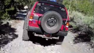Nissan Pathfinder Off Road 4x4