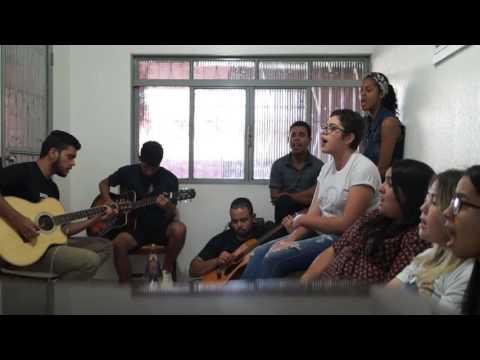Regaço Acolhedor - Irmã Kelly Patricia  Por - Colo de Maria