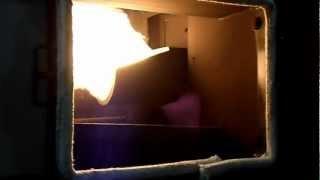 Работа пеллетной горелки(, 2012-12-11T17:00:48.000Z)