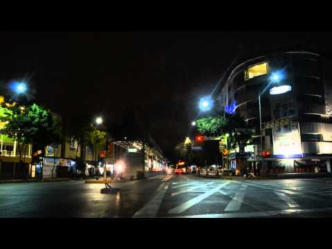 Driving in Mexico City by night (Timelapse HD)
