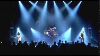 Skillet - Forsaken (Comatose Comes Alive DVD HQ) Lyrics