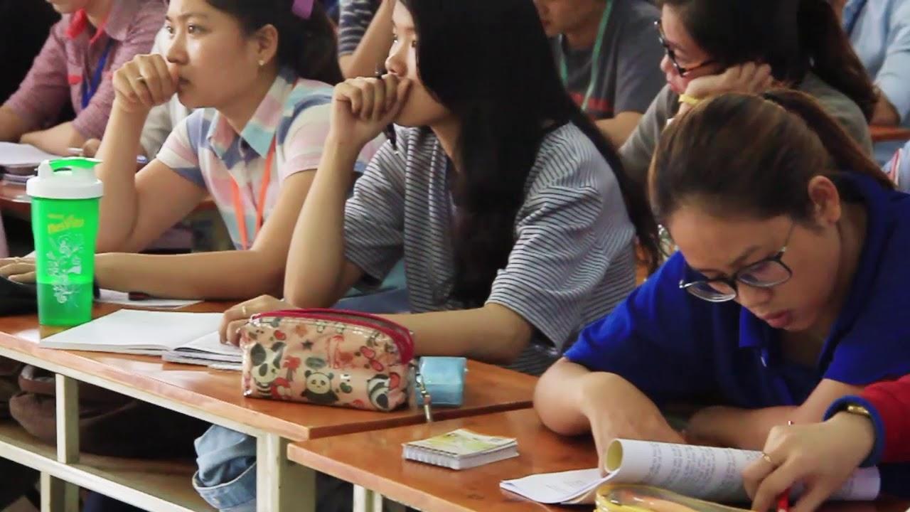 Giờ học môn Kế toán thuế cô Hồ Thị Thu | Các môn học ở trường Giao thông | 2017.08.29.(12)