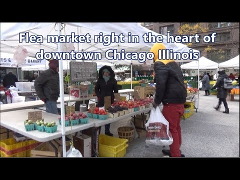 Flea market right in the heart of downtown Chicago - Illinois