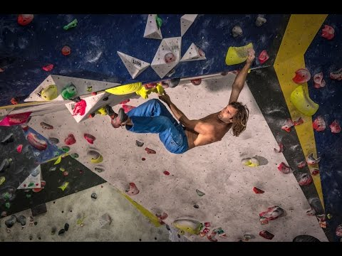 Sharma Climbing BCN Anniversary climbing video