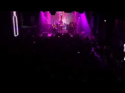 """SARATOGA """"Perro Traidor"""" en directo en Bilbao"""